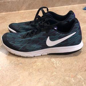 Nike Shoes - Women's Nike Flex Experience Rn5